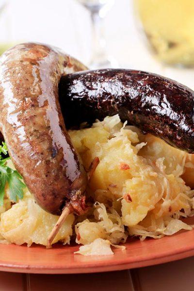 Hofladen Thorschuetz-Blut und Reiswurst
